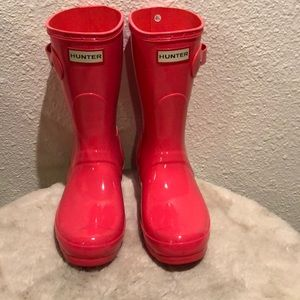 Hunter short rain boots size 7 hot pink